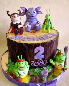 Детский торт Лунтик на пеньке