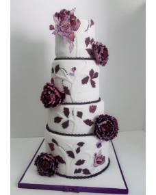 Свадебный торт Любовь прекрасна