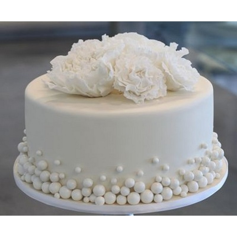 Как украсить медовый торт своими руками?