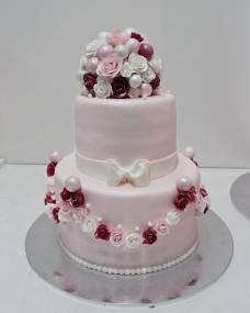 Свадебный торт Розовые гирлянды