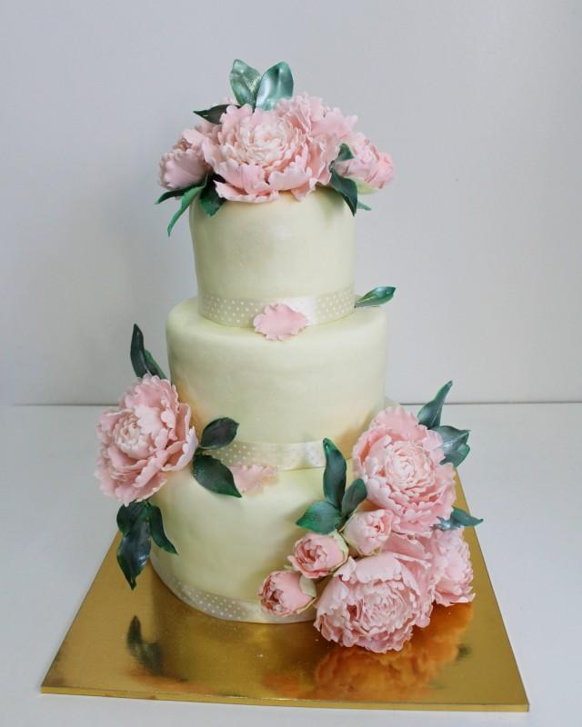 Торт свадебный с пионами фото