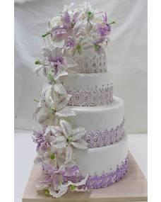 Свадебный торт Водопад лилий