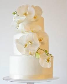 Свадебный торт Белая орхидея